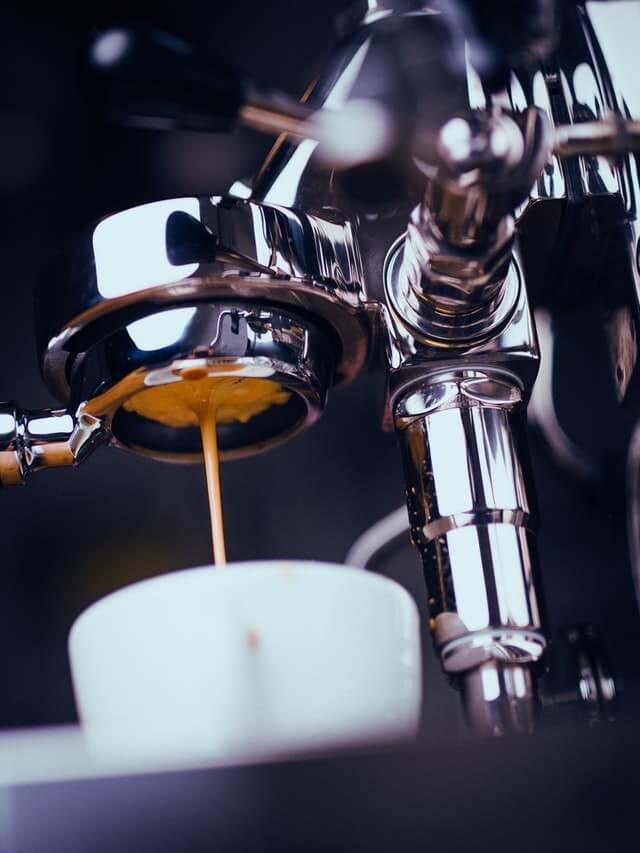 Kaffee Espresso auffüllen