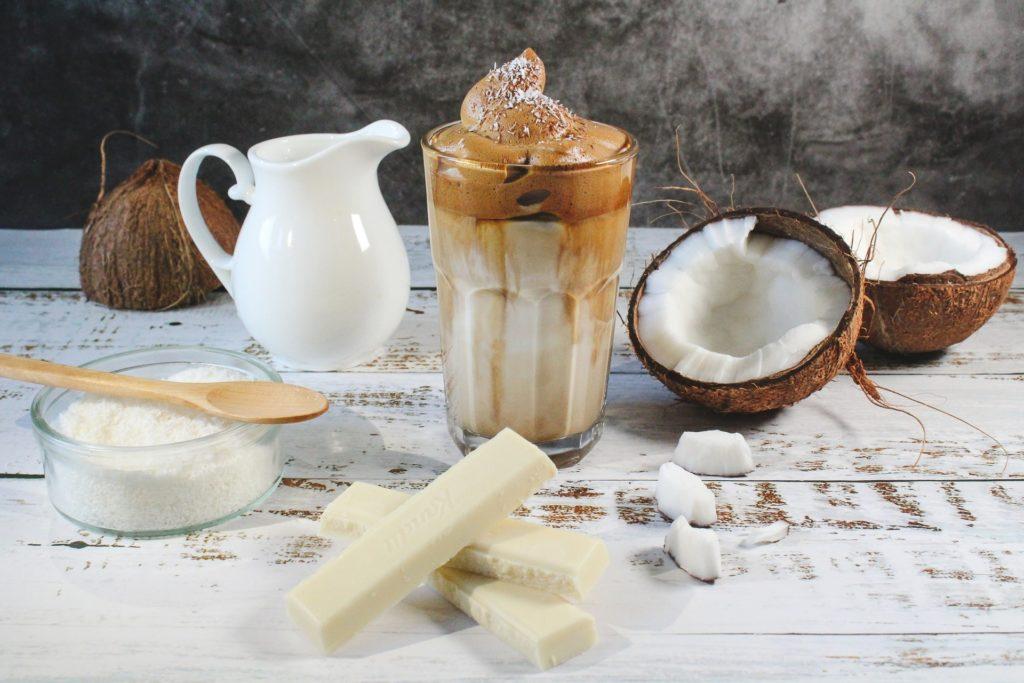 Veganer Kokos Eiskaffee