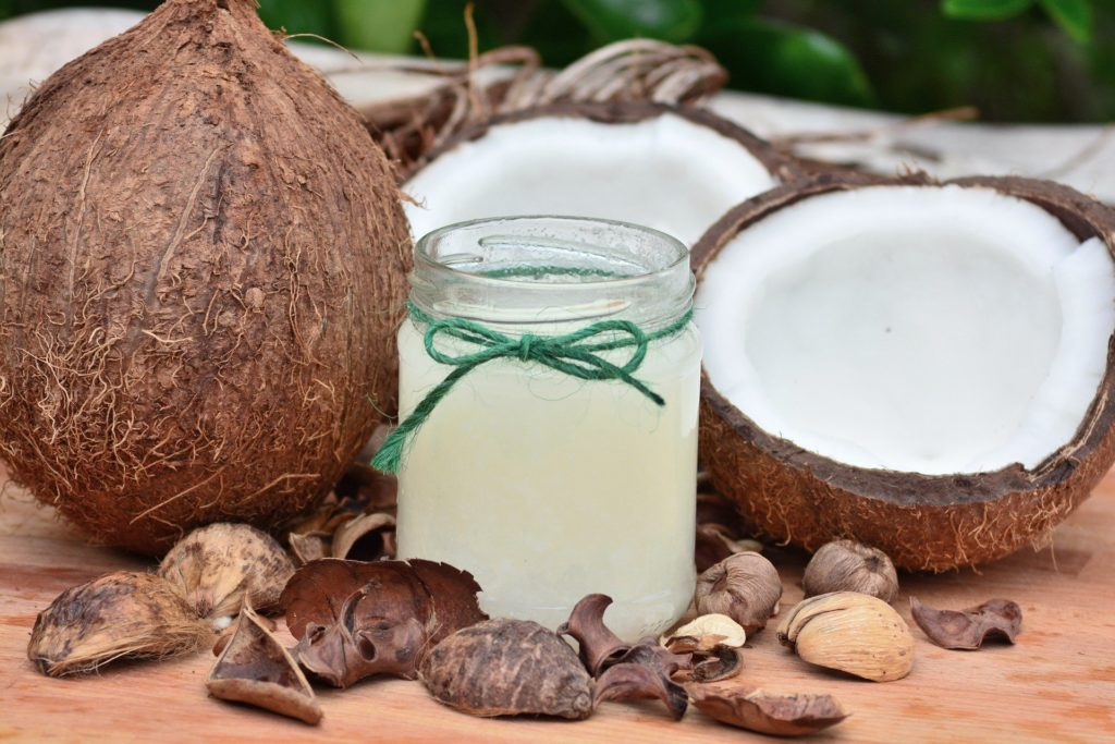 Kaffee Peeling Wirkung mit Kokosöl